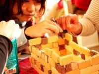 手作りイベント。お菓子の家の作り方